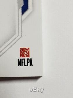 2019 National Treasures Football Devin Singletary Nike Swoosh Rookie Patch Auto